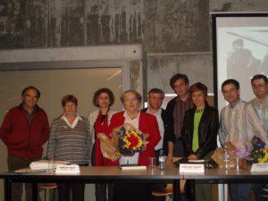 D'esquerra a dreta, Josep Ventura, Pilar Silgado (regidora), Isabel Garcia (alcaldessa), Josefina Piquet, Rafael Martín (membre del CREM), Pere Garcia (president del CREM), Isabel Olesti (periodista), Ernest Vilàs (membre del CREM)