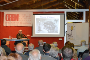 J.C. Alayo Manubens, pèrit industrial elèctric i doctor enginyer industrial per la Universitat Politècnica de Catalunya, durant la conferència