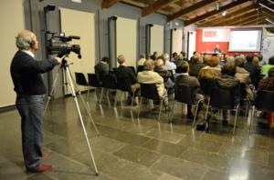 Joan Carreras, coordinador de la secció Audiovisual, enregistrant les VIII Jornades del CREM
