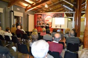 Pere Gabriel Sirvent, professor del Departament d'Història Moderna i Contemporània de la UAB, durant la conferència